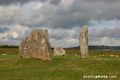 The Cove: Stones Circle in Avebury