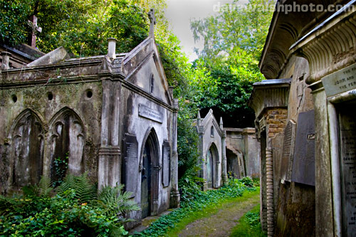 Highgate Cemetery, Circle of Lebanon, Circle of Lebanon