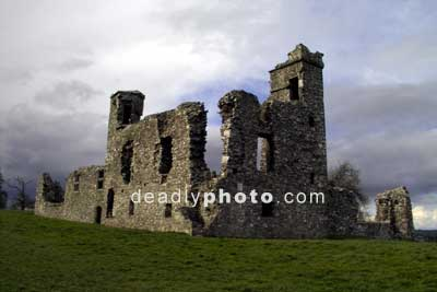 The walls of the ruined monastery at the hill of Slane (2)
