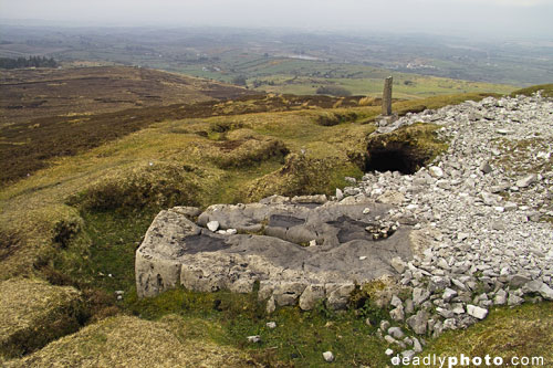 Carrowkeel: The strange flat rock outside Cairn G
