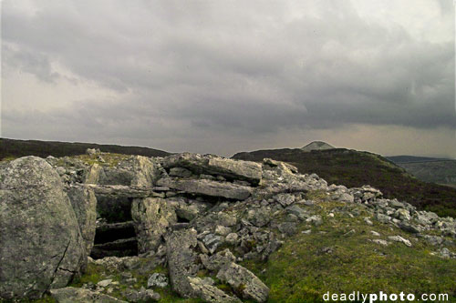 Carrowkeel: A view of Cairns E & F