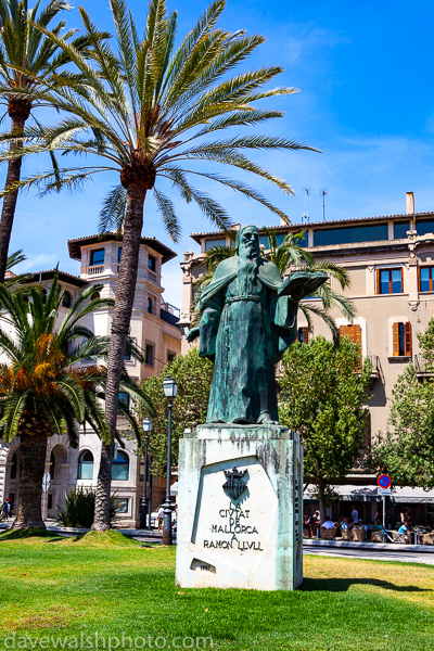 Statue of Ramon Llull, Palma