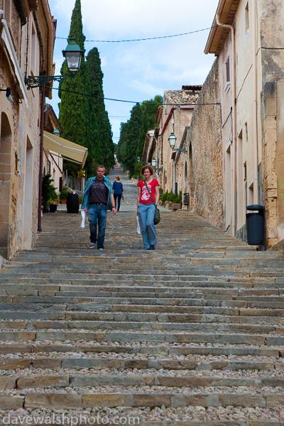 El Calvari: The 365 steps of Calvary, Pollenca