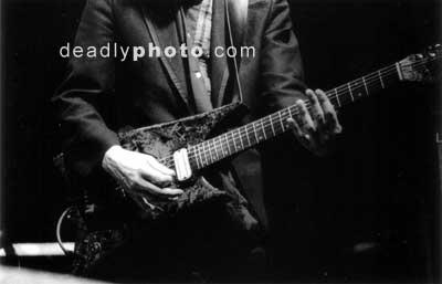 Einstürzende Neubauten: Jochen Arbeits guitar
