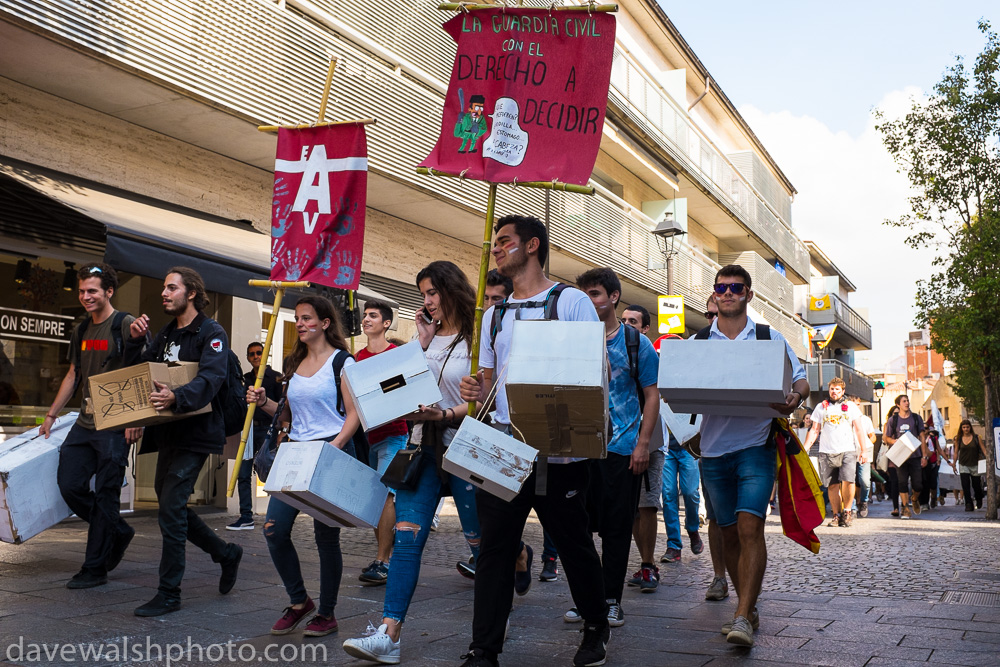 Pro-referendum students marching in Sant Cugat, Catalonia
